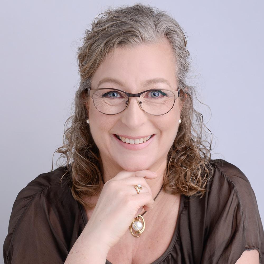 Mayanne Damgård